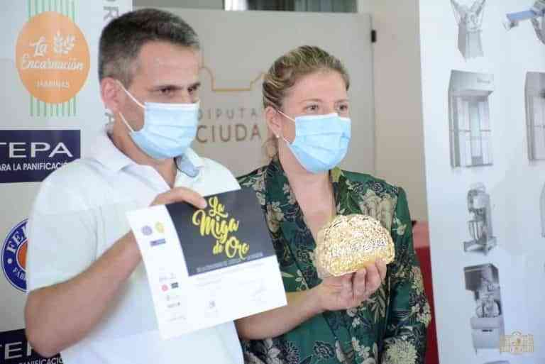 """Entregada """"La Miga de Oro"""" al mejor obrador de este año en CLM, Ángel Ruiz Sánchez de Maqueda, Toledo"""
